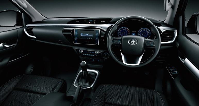 Gambar bagian dashboard mobil Toyota Hilux