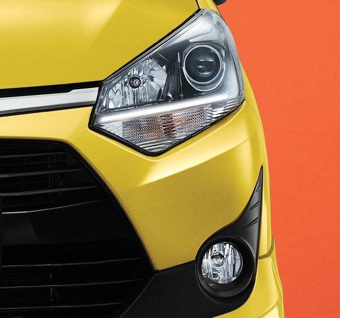 Desain Lampu Terbaru do mobil Toyota Agya berwarna kuning