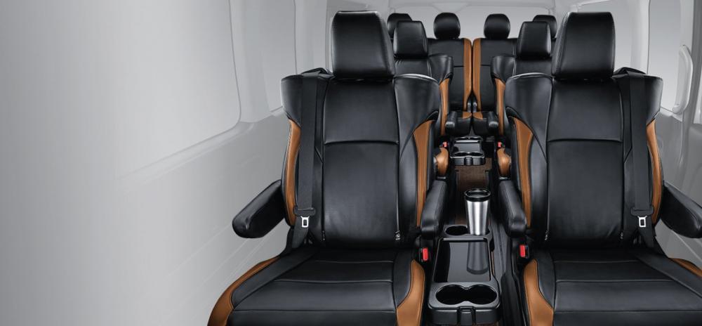 Kabin Luxury mobil Toyota Hiace 2018