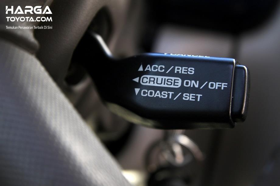 Cruise Control Pada Mobil berfungsi untuk melajukan kendaraan tanpa harus menginjak pedal gas