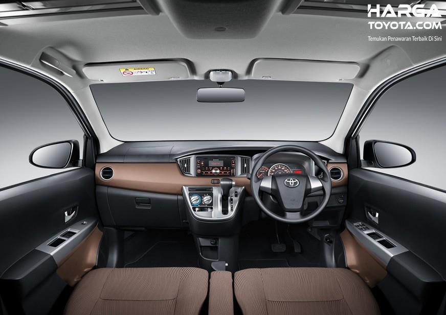 Interior Toyota Calya sudah dilengkapi dengan fitur menarik mulai dari audio hingga AC