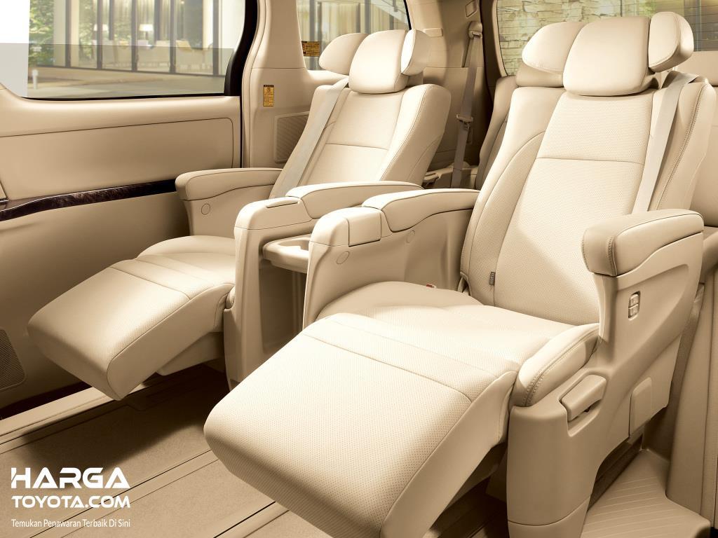 Gambar jok Toyota Alphard material jok leather