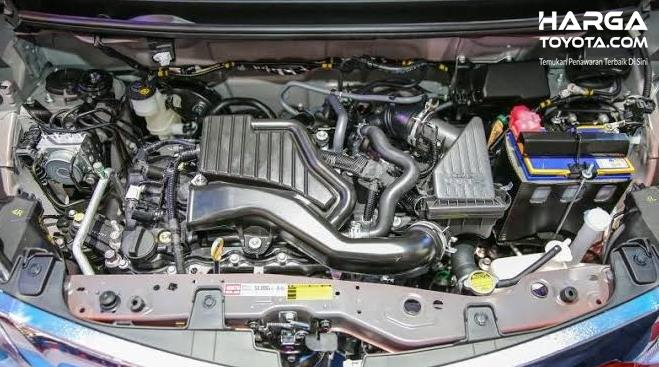 Gambar ini menunjukkan mesin mobil Toyota Calya