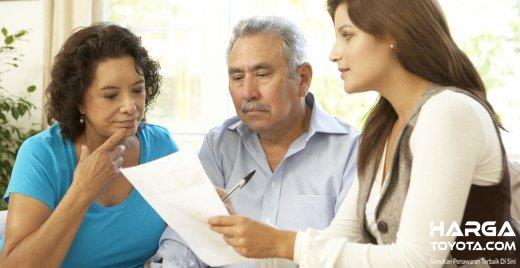 Berdiskusi Dengan Keluarga Dalam Memilih Mobil dirasa penting karena mobil Anda bukan digunakan pribadi tapi juga untuk keluarga