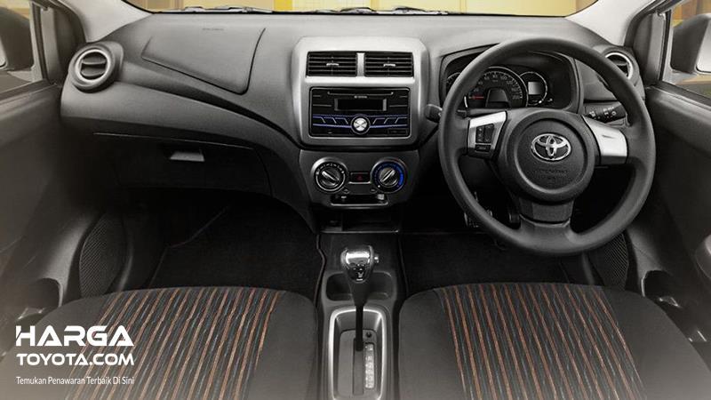 Foto Interior Toyota Agya