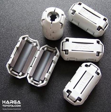 Ferrite TDK banyak digunakan untuk menstabilkan arus listrik di semua komponen mobil