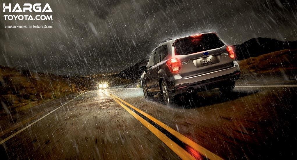 Foto kondisi jalanan saat hujan