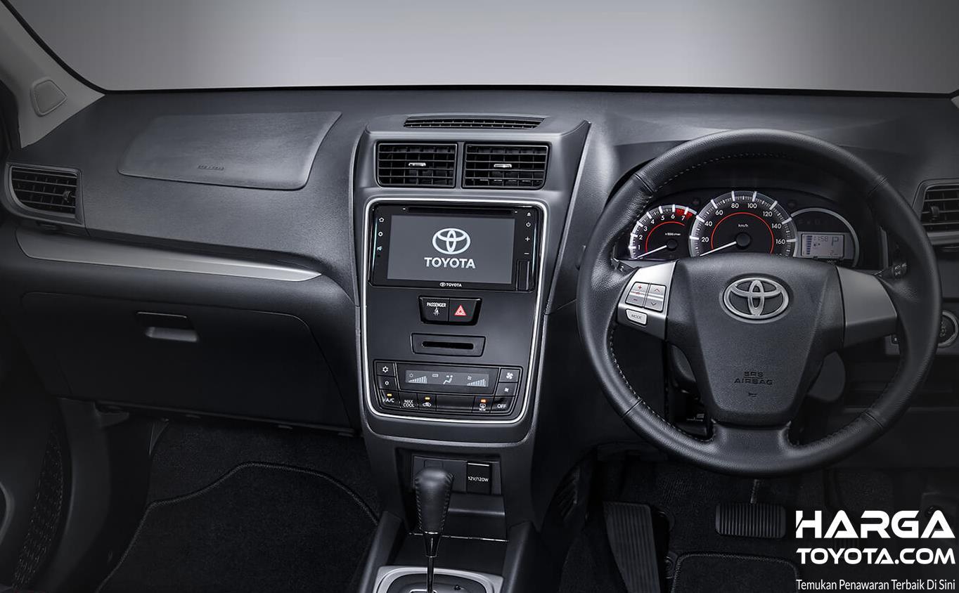 Gambar  ini menunjukkan interior Mobil Toyota New Veloz Matic
