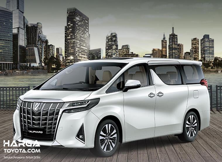Gambar ini menunjukkan Mobil Toyota Alphard tampak bagian samping