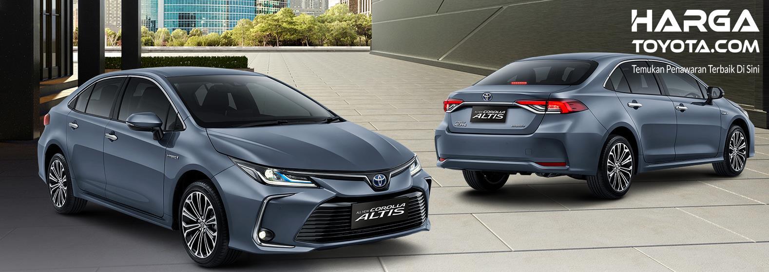 Gambar ini menunjukkan mobil Toyota Corolla Altis versi Hybrid