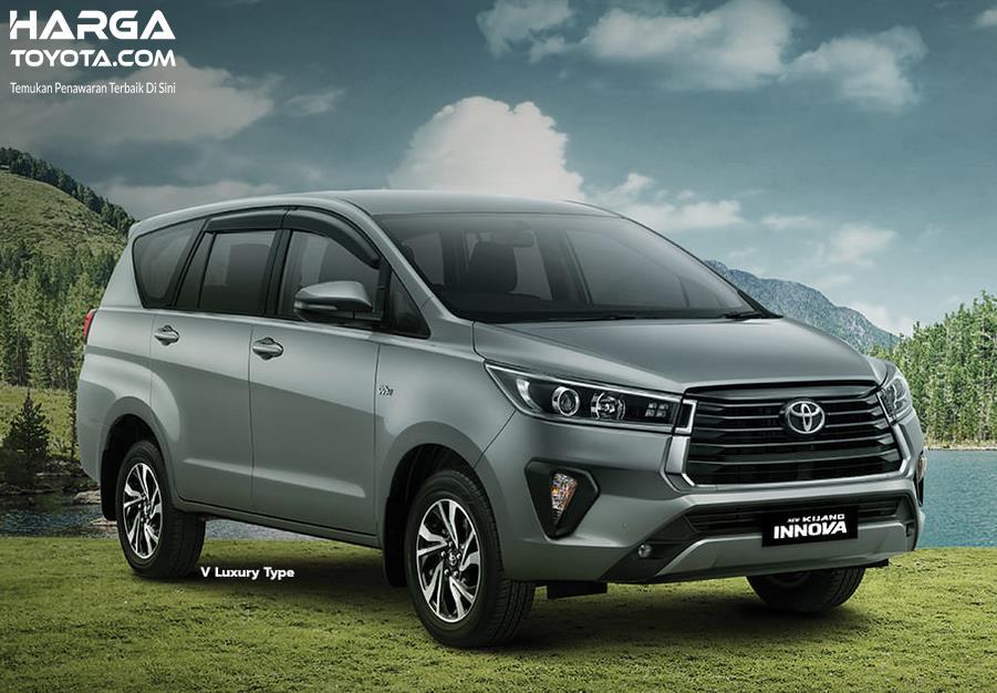 Gambar ini menunjukkan mobil toyota New Kijang Innova