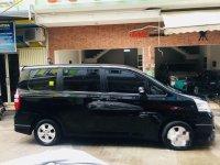 Toyota NAV1 Luxury V 2013