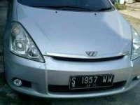 Toyota Wish AT Tahun 2003 Automatic