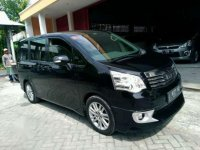 Jual Toyota Nav1 matic type V Tahun 2013
