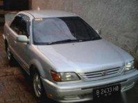 Mobil Toyota soluna Tahun 2000
