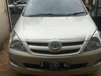 Toyota Kijang Innova G 2000 MPV