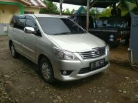 Dijual Mobil Toyota Kijang 2.4 Tahun 2012