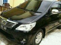 Dijual Toyota Innova type G tahun 2012 bensin manual.