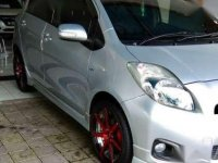Jual Toyota Yaris E 2012 Silver Manual