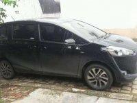 Dijual mobil Toyota Sienta V 2016