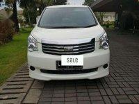 Toyota Nav1 Putih 2014 plat L dr baru record Auto2000 Sby Barat