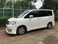 Jual Toyota NAV1 2013 Tipe V