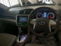 Toyota Corona tahun 2012 auto