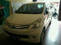 Di jual Mobil Toyota Avanza G 2012.