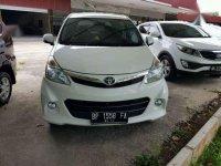 Toyota Avanza Veloz  1.5 A/T 2014 Putih