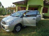 Mobil Toyota Kijang 2.4 Tahun 2005