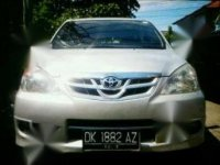 Jual Toyota Avanza G MT 2010  Manual