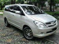 Dijual Mobil Toyota Kijang Innova 2.0 V AT Bensin 2007