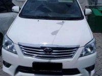 Toyota Kijang Innova V Diesel Putih Mulus Siap TT Tahun 2012
