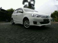 Toyota Yaris Etios 2014 Hatchback