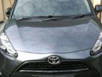 Toyota Sienta E, manual tahun 2016/2017