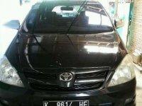 Dijual Toyota Kijang Innova 2.4 Tahun 2005