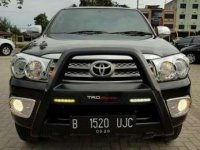 Toyota Fortuner G manual tahun 2010 km low 55 ribuan