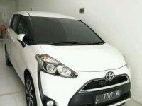 Toyota SIENTA V cvt 2016 autometic