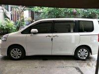 Toyota NAV1 V Limited 2014 MPV