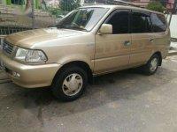 Dijual mobil Toyota Kijang LGX tahun 2000