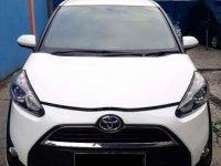 Toyota Sienta Putih Sporti 2016