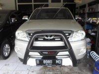 Toyota Fortuner 2.7 G Luxury 2006