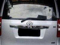 Jual Toyota Nav1 V AT 2013
