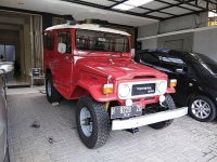 Toyota Land Cruiser 4.0 Manual 1984 Merah