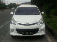 Toyota Avanza Luxury Veloz 2014