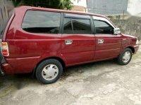 Toyota Kijang Tahun 2002 Merah