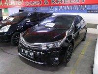 Toyota Corolla Altis 1.8 V 2014 Sedan