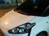 Toyota Sienta OVER KREDIT