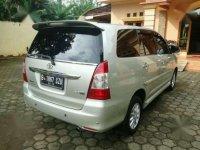 Toyota Kijang V AT Bensin 2012 Istimewa Nice Good