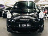 Toyota NAV1 V Limited 2013